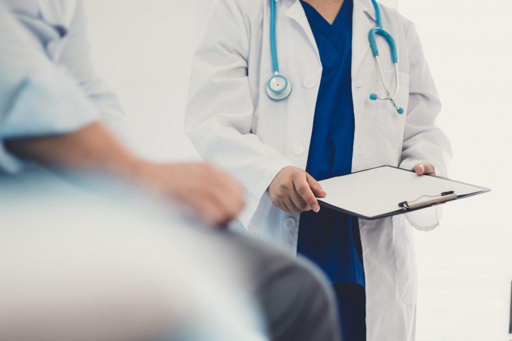 前列腺癌初期沒有明顯症狀,需透過肛門指檢等方法進行初步判斷。