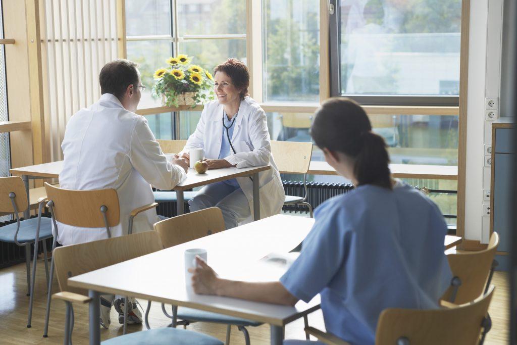 在目前,鲜活细胞疗法的应用在欧洲地区较为广泛。