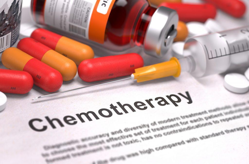 化学治疗可透过口服、静脉注射或皮下注射的方法施用。