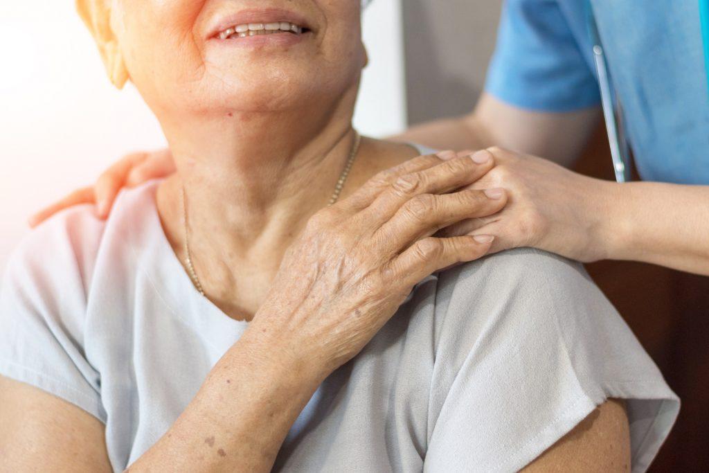 以高温热疗辅助免疫疗法,可有效提升癌症治疗效果。