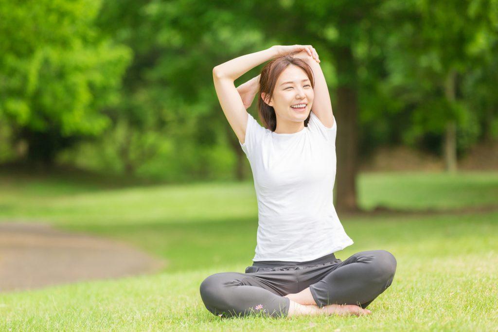 女士应定期进行身体健康,以保障个人健康。