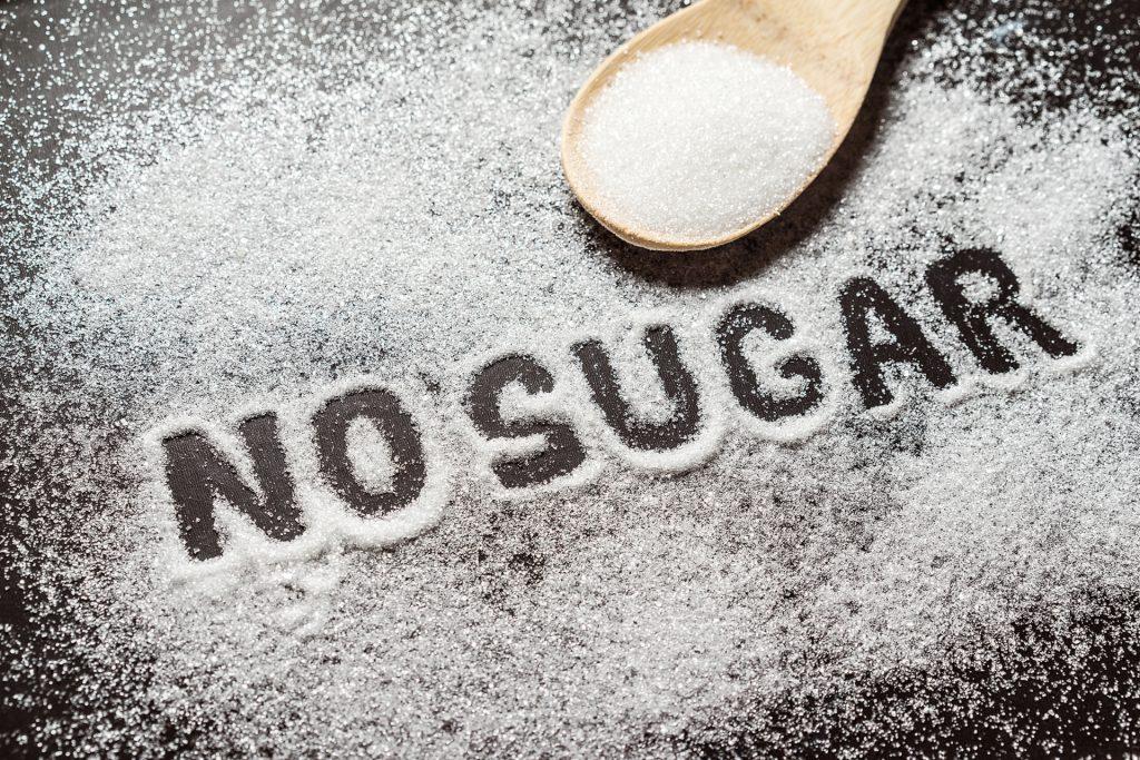 癌症患者应特别注意减少糖份的摄取。
